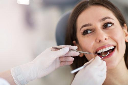 Irygator do jamy ustnej – zdrowe dziąsła i zęby